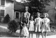 Ann, Barb, Rica, Grace, Sue 1944