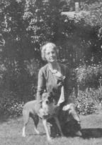 Anna Mauzy Patten and dog Jerry, 1920