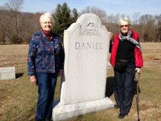 Betty Buchanan and second cousin Grace Daniel Applegate Qualls