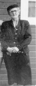 Bobbie (Grace Daniel Applegate), May 1955, Monahans