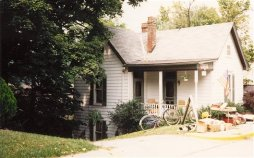 Former home of Bobbie and Papa, Corydon