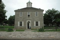 Corydon Capitol with fence