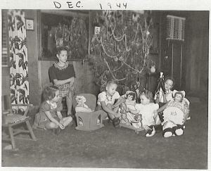 Applegate girls, Christmas 1944
