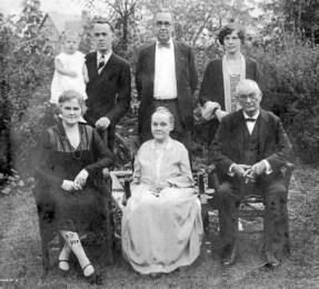 Dr. Wm Daniel, Fredrica, Grace, Geo Sr and Jr, Blanch