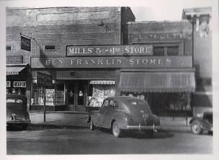 Durg store, 1940