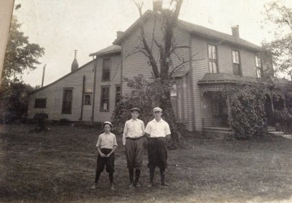 Middle: Leonidas (1896-1950); right, Loren (1898-1947) on mother's (Margaret Hoffman Gordon) farm in Morristown