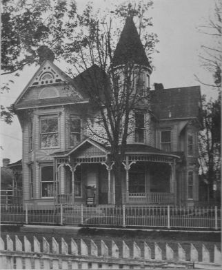 George W. Applegate home, 610 Farquar Ave.