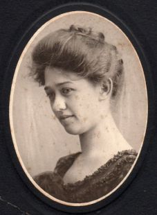 Julia Ann Gordon (1882-1921)