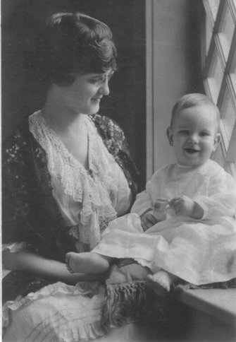 Kitty Daniel Buchanan and son Bill (1906-1983).