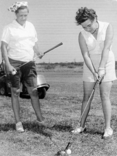Maggie and Mary E. Cooper, Monahans Country Club