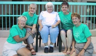 Sue, Ann, Laura Etta Sibert Leffler, Barb, Grace, reunion in Texas, Sept. 2001