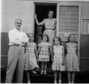 Ted, Sue, Barb, Maggie, Rica Grace, getting ready to leave Corydon for Stamford, Oct. 1948