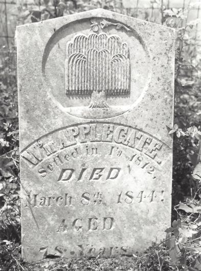 Headstone of William Applegate (1766-1844), who is buried in the Applegate-Pitman Cemetery south of Corydon.