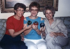 Grace, Ann, Sue during trip to Corydon, 1988