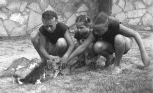 Grace, Barb, Sue, 1950, Monahans
