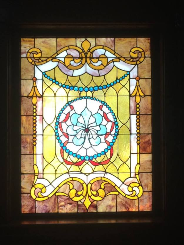604 N. Capitol stained glass window