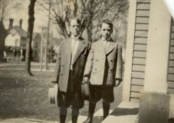 George W. Applegate III and Frederick M. Applegate, about 1912
